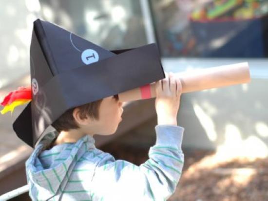 Pirate Telescope Spotting Game