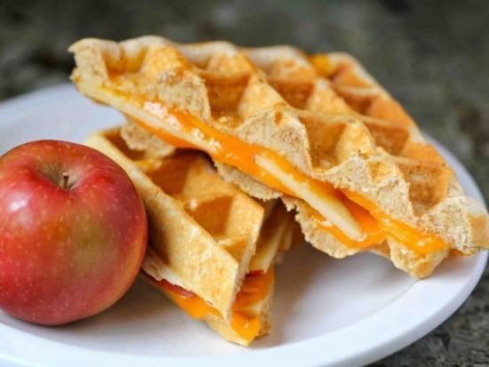 Apple and Cheddar Waffle Sammich