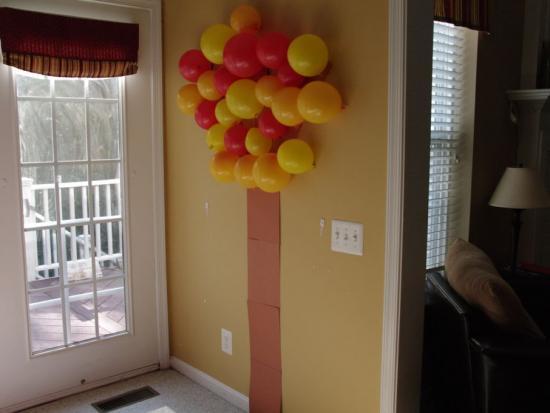 Fall Balloon Tree