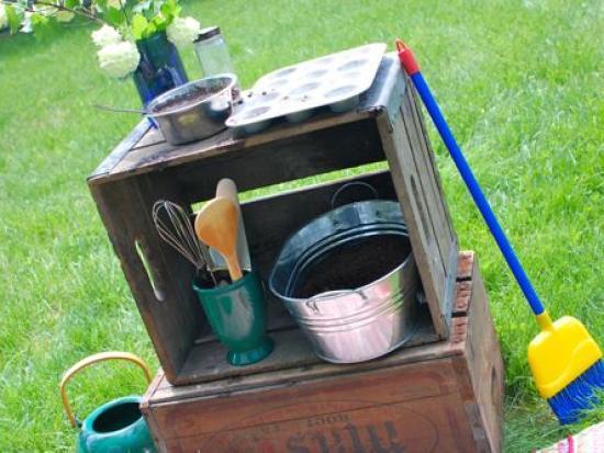 Outdoor Mud Pie Kitchen