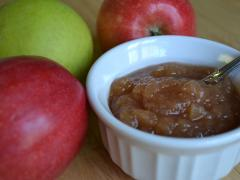 Easy Crock-Pot Applesauce
