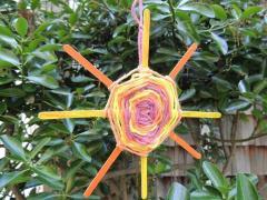 """Weave In the Sun: How to Make a """"God's Eye"""" Sun"""