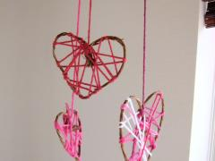 Heart-Shaped Dreamcatchers