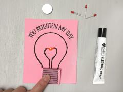 Light-Up Valentine