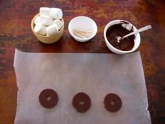 Marshmallow Chocolate Pilgrim Hat