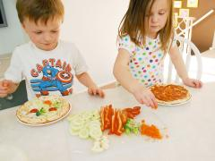 Build Your Own Veggie Pizza