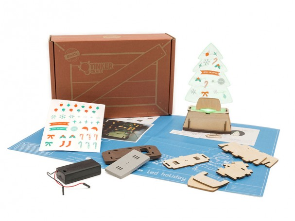 homemade-christmas-ornaments-kids-Kiwi-Crate-penguin