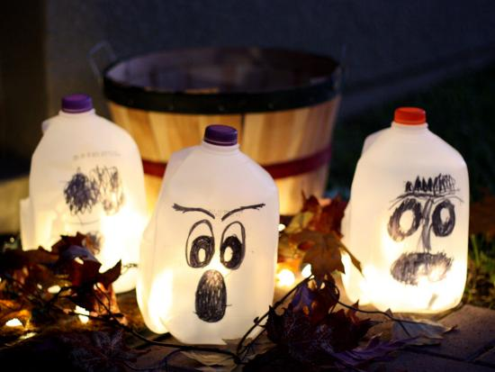 halloween crafts for kids glowing ghosts sassy girlz blog source 13 spooky halloween decorations for kids - Milk Carton Halloween Ghosts