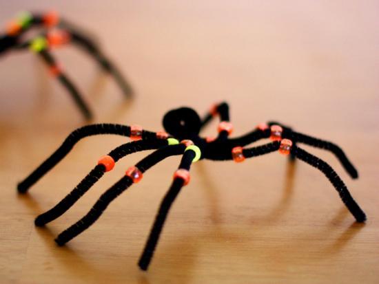 kiwi-crate-DIY-kids-Halloween